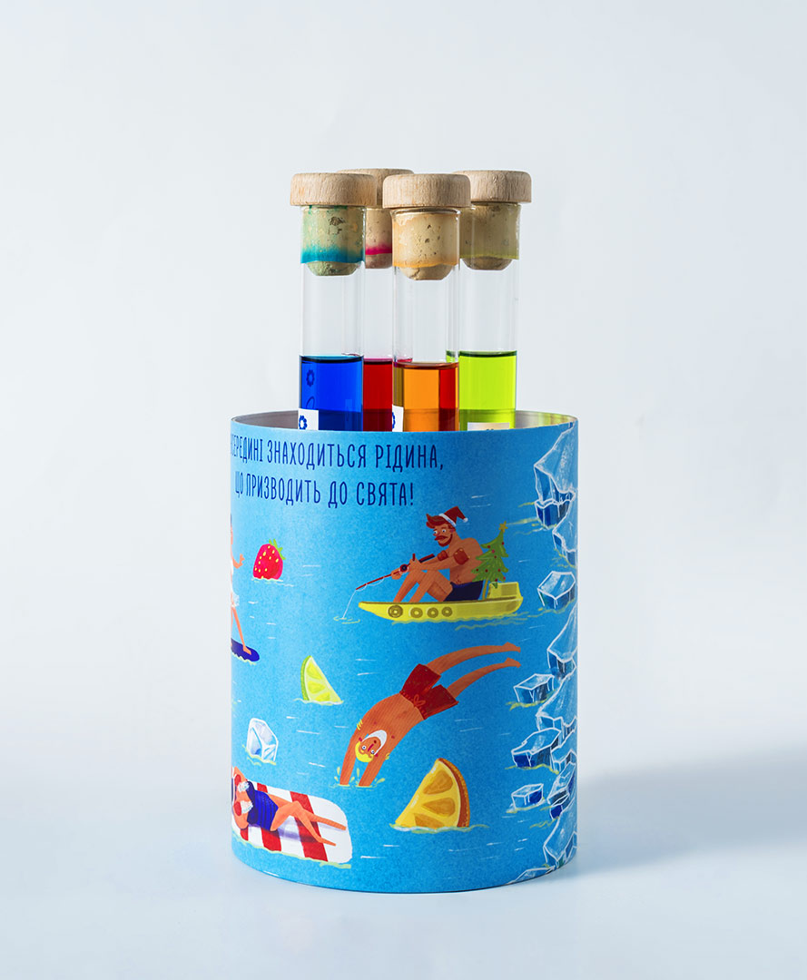 Cardboard tube packaging for test tubes with alcohol. A creative New Year's present from the medical laboratory SYNEVO.