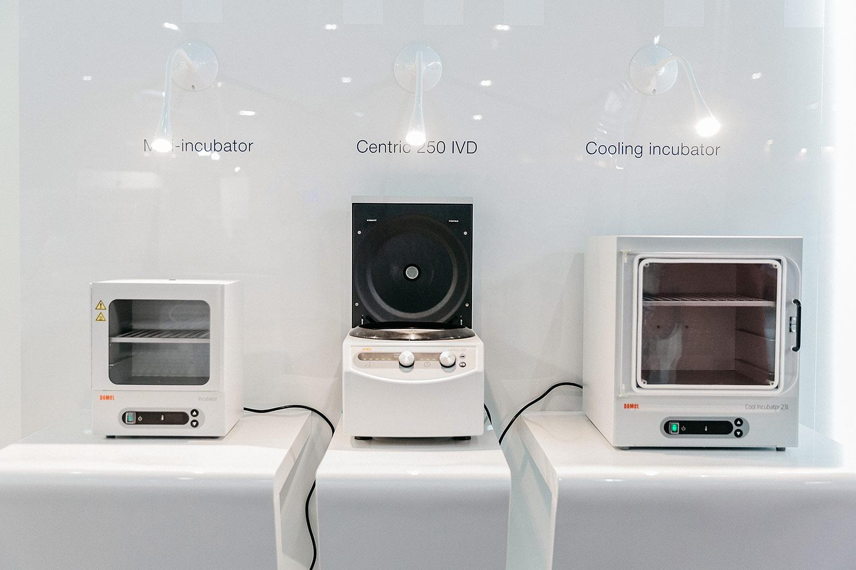 Диагностическое оборудование Domel. Mini-incubator, Centric 250 IVD, Cooling incubator. Выставочный стенд.
